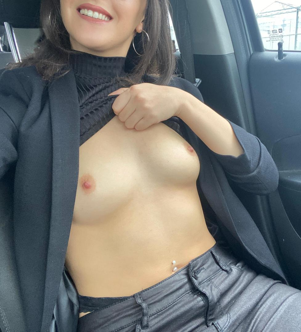 adrianalavitaleaked onlyfans nude picture