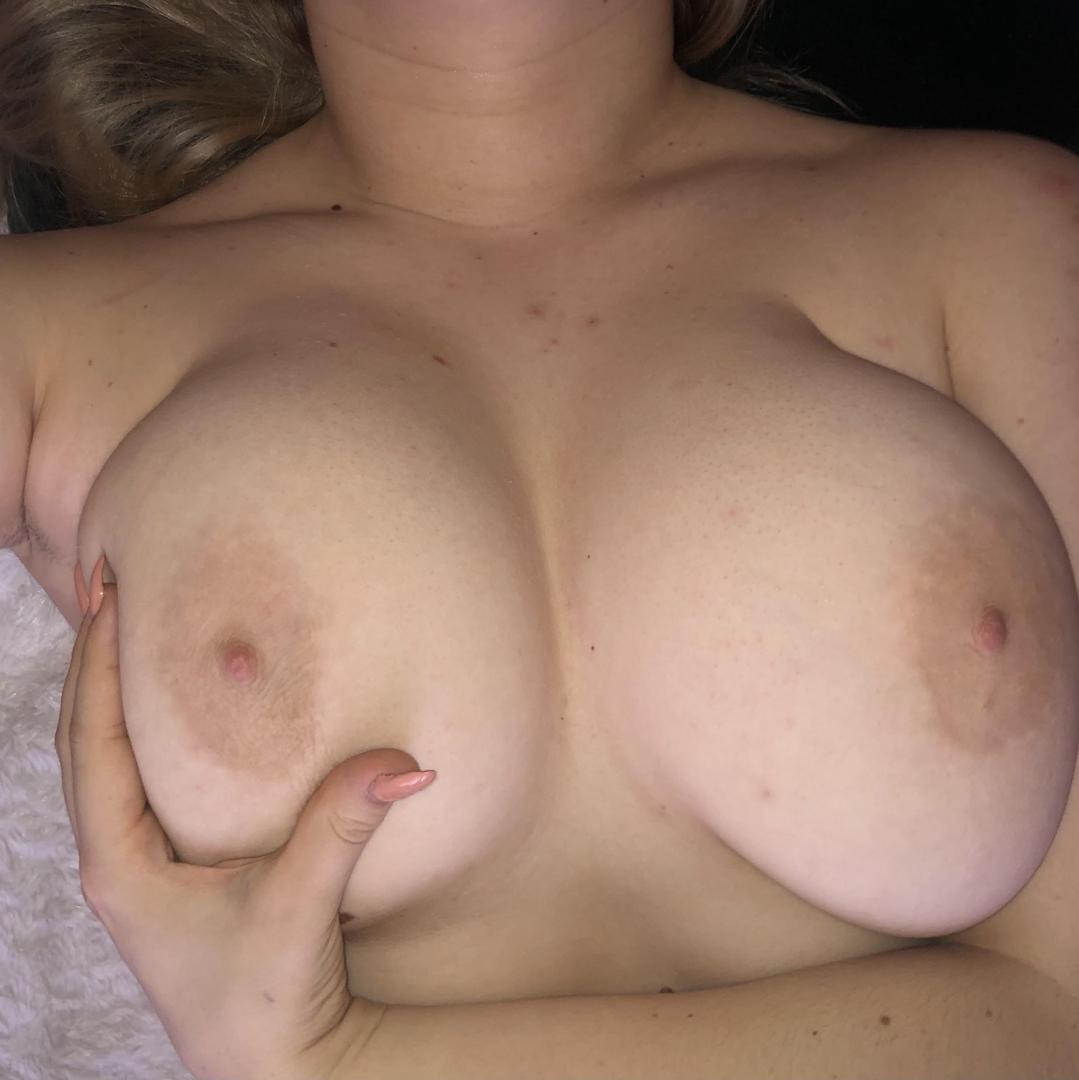 bumblephillleaked onlyfans nude picture