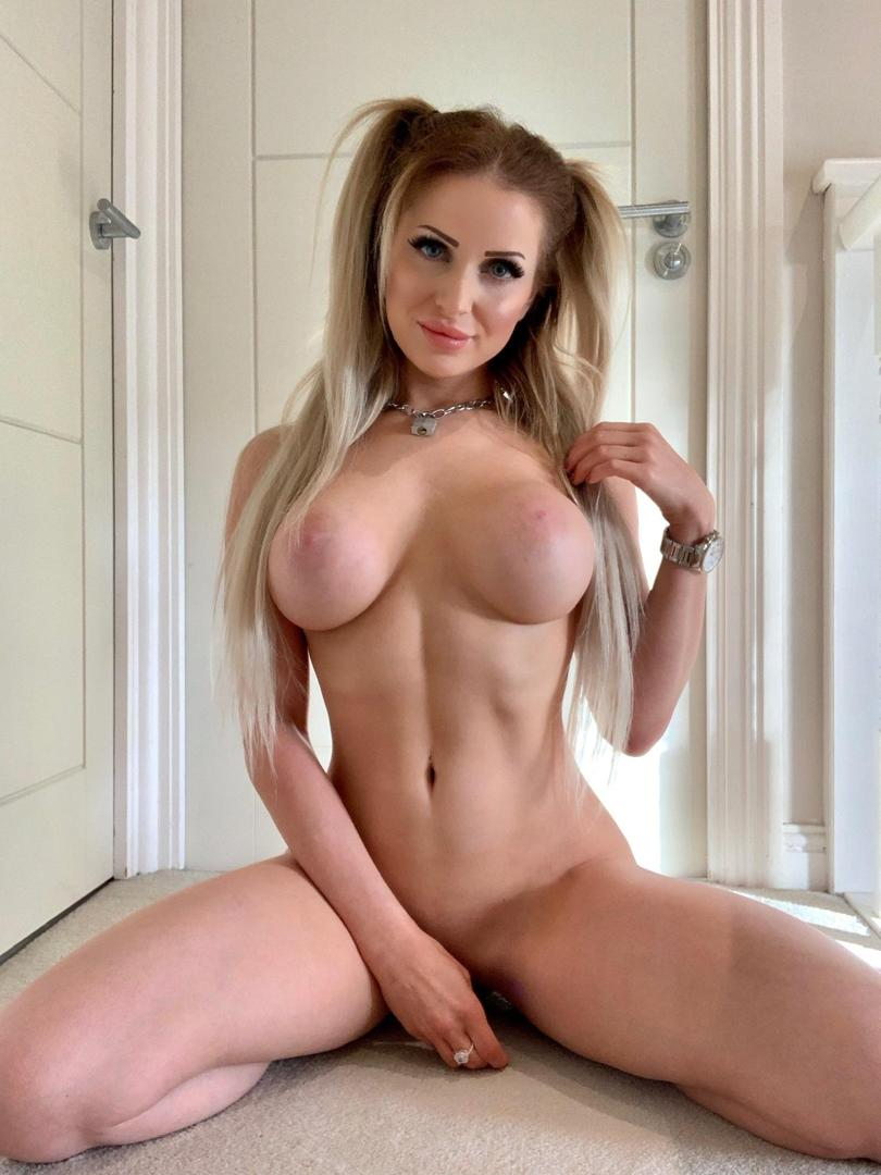 chloewelshmodelleaked onlyfans nude picture